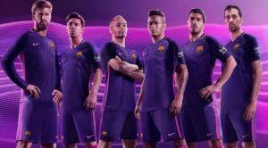 Warna Ungu Akan Hiasi Kostum Tandang Barcelona Musim 2016-2017