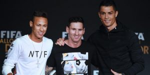 Neymar Jagokan Ronaldo Raih FIFA Ballon d'Or 2016