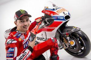 Ducati Salah Perhitungan Keluarkan Iannone Demi Lorenzo